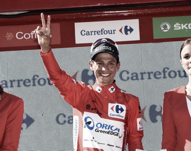 Las penas francesas se alegran con el rojo de la pasión y del triunfo
