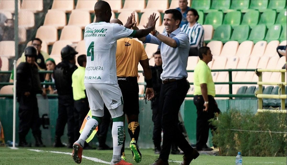 Respira León con goleada ante Querétaro