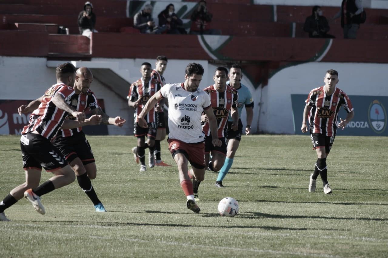 Deportivo Maipú perdió de local y Chacarita se acerca a la punta.