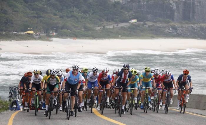 Prova feminina do Ciclismo de Estrada tem vitória holandesa e recorde brasileiro