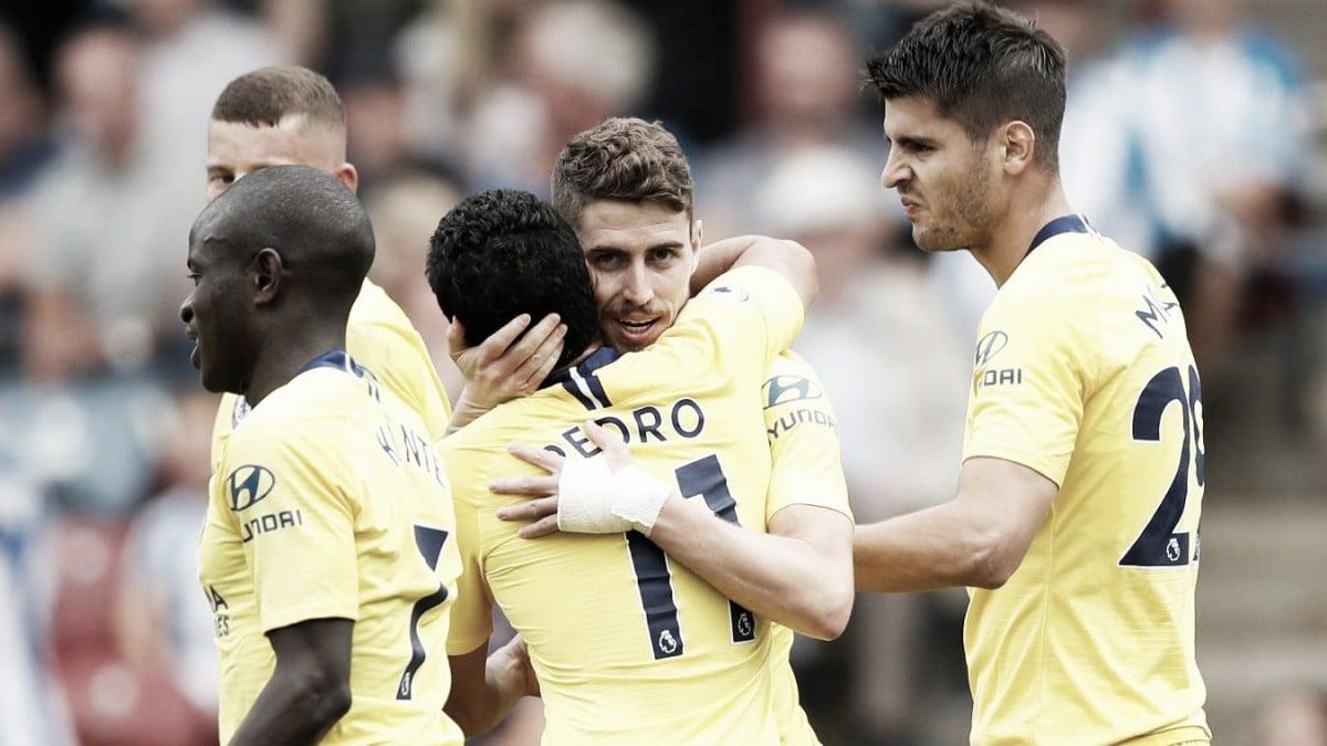 El Chelsea de Sarri golea al Huddersfield y se pone líder