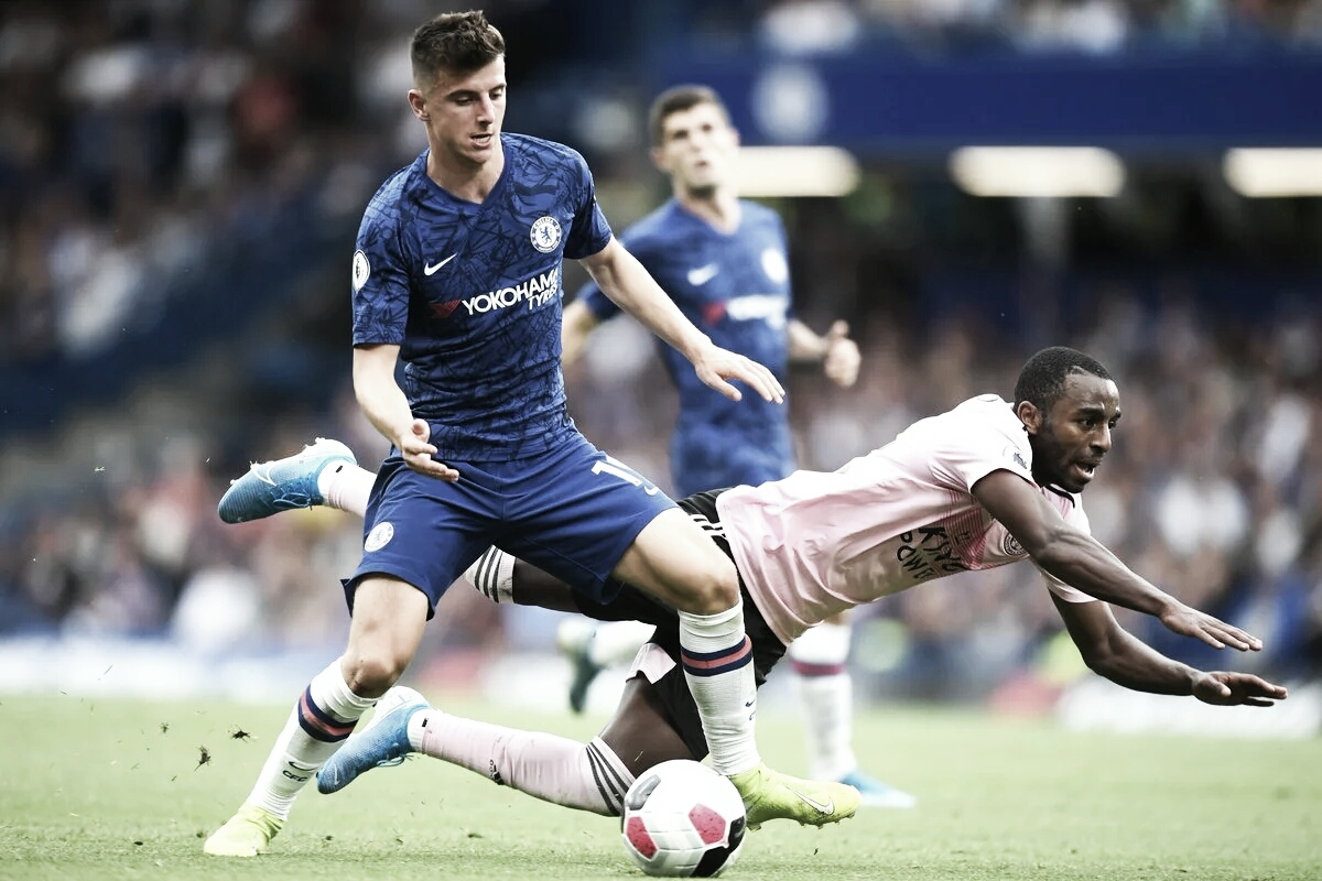 Em jogo movimentado, Chelsea e Leicester empatam no Stamford Bridge
