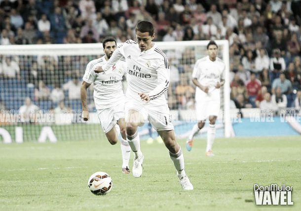 No lugar de Benzema, Chicharito será titular pelo Real Madrid