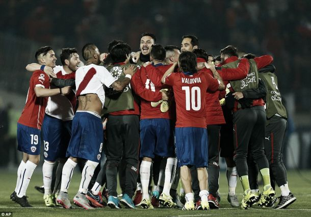 Chile 2-1 Peru: Vargas brace sends Chile to Copa América final