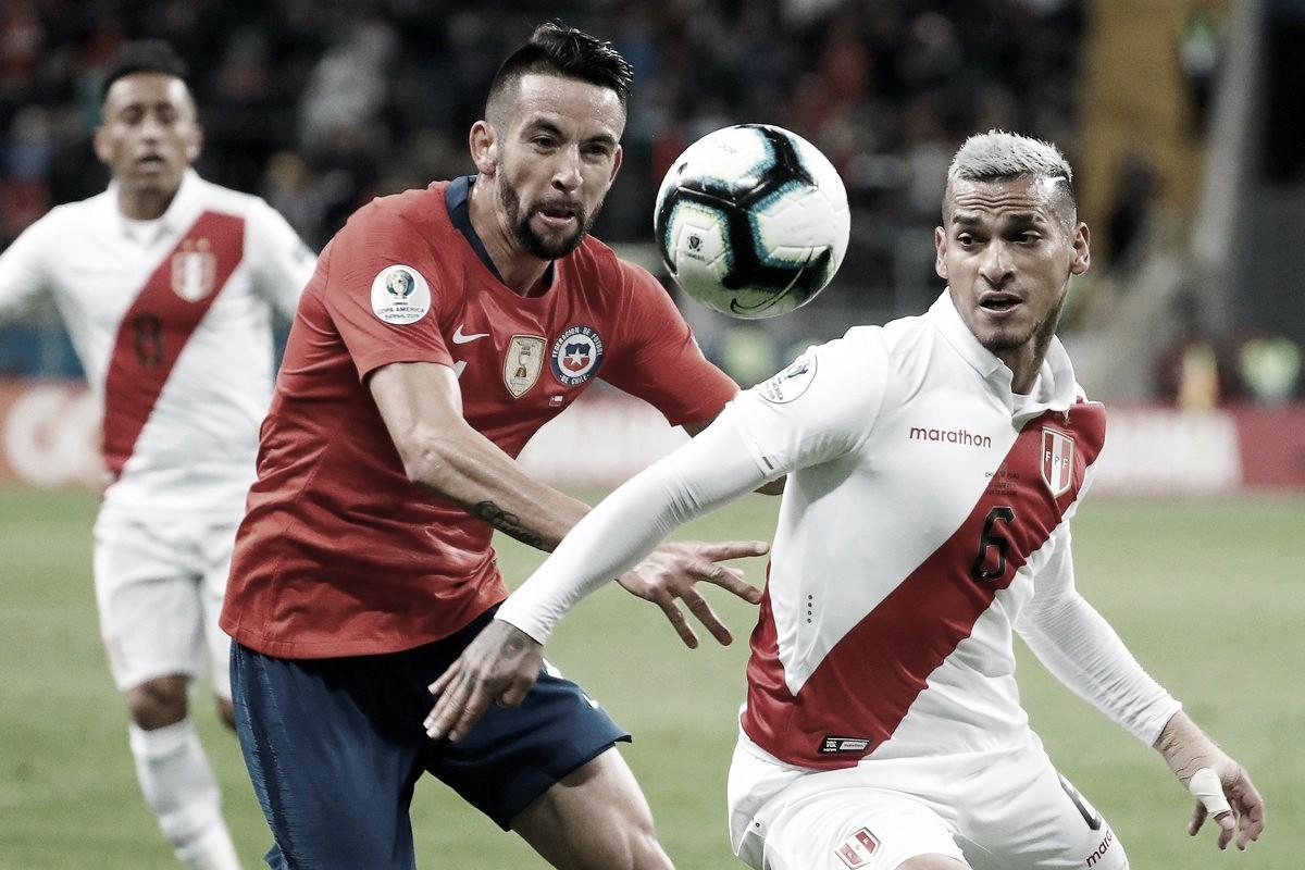 Perú sorprende y elimina al bicampeón de América