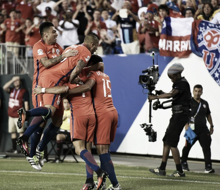 Vargas e Sánchez marcam duas vezes, Chile vence Panamá e avança na Copa América