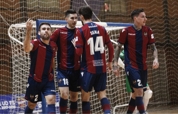 "Levante UD FS salva el primer ""match ball"" para estar en Madrid"