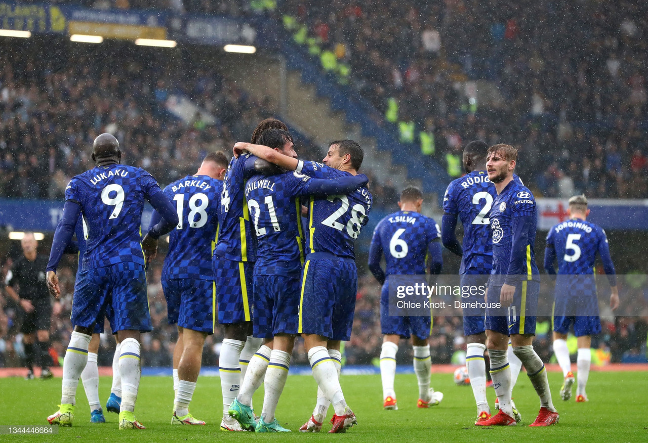 The Warm Down: Chelsea overcome resilient Saints to go top of the league