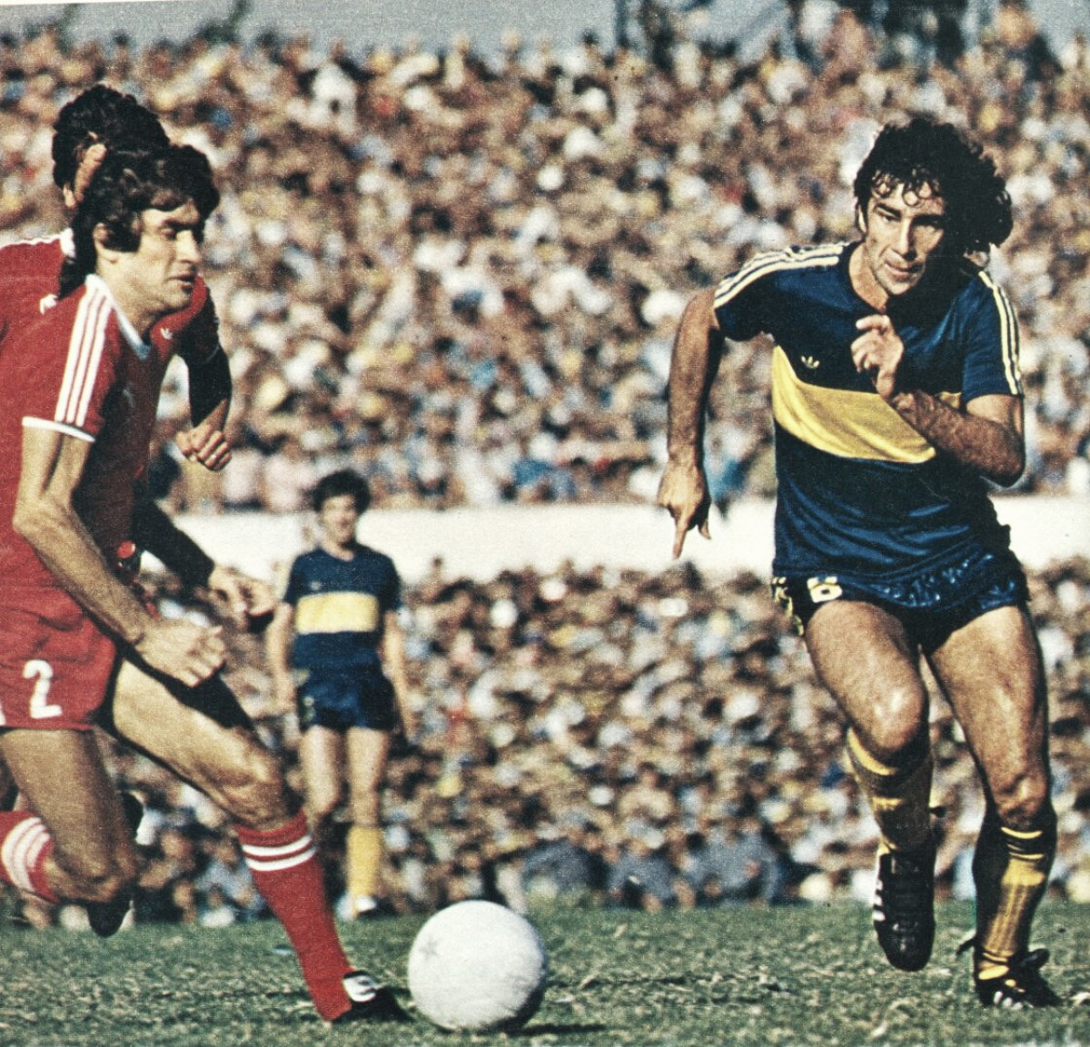 """Jorge Benítez: """"En Boca juegan los inteligentes, los corredores te pueden jugar medio tiempo"""""""
