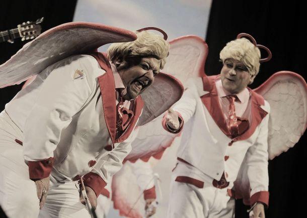 La chirigota 'Los Buscarruina' enamora al mundo carnavalero