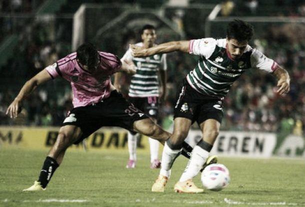 Resultado Santos Laguna - Jaguares Chiapas en Liga MX 2015 (4-3)