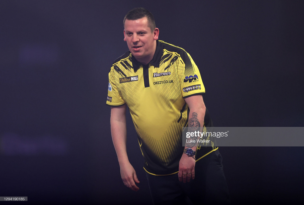 2021 Masters: Chisnall edges through to Quarter Finals in deciding leg against Gurney