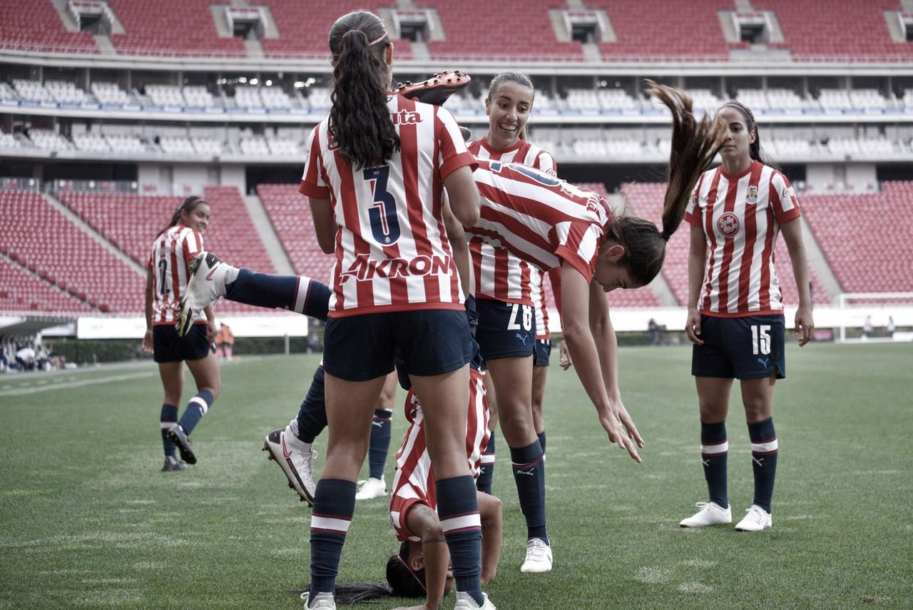 Chivas Femenil se luce goleando a Rayadas