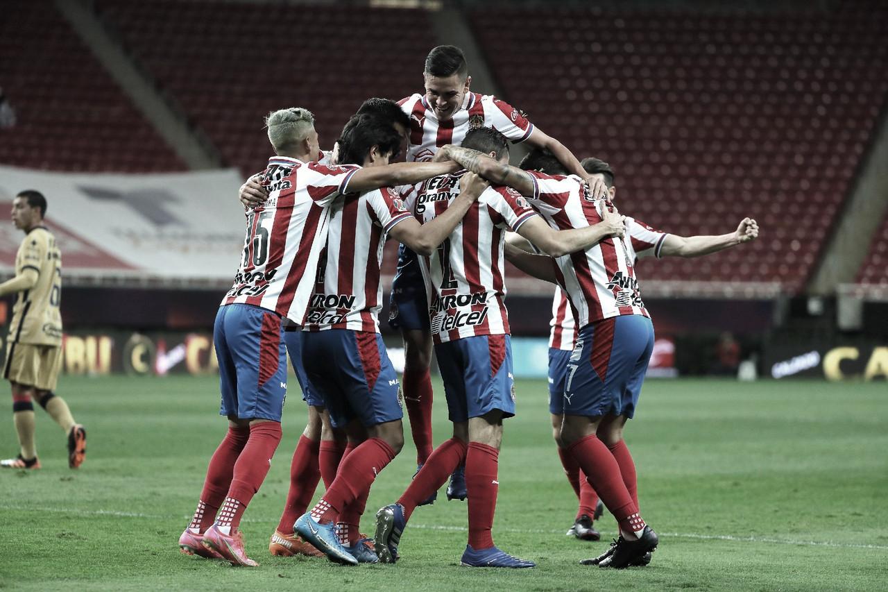 Chivas consigue voltereta ante Pumas