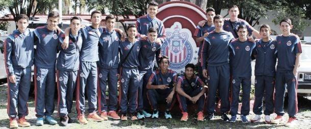 Sub-15 de Chivas viaja a Inglaterra