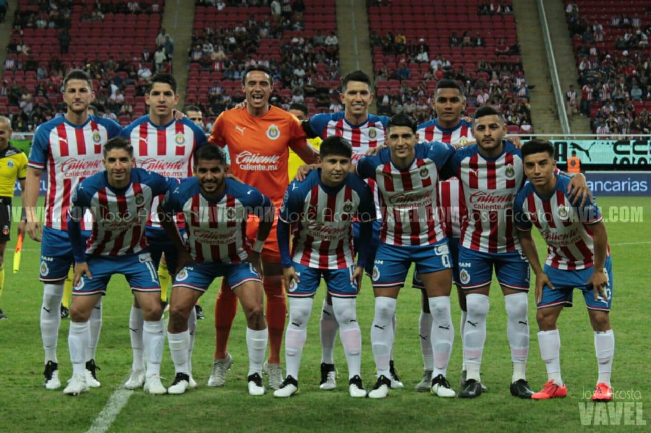 Tres jugadores a seguir para Chivas en este Clausura 2020