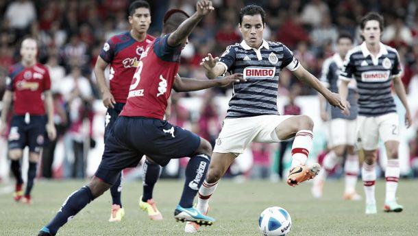 Chivas - Veracruz: ganar ayuda a hundir al otro