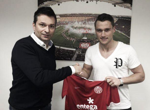 Schalke 04 empresta meia Christian Clemens ao Mainz 05