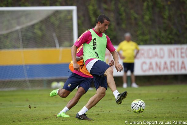 Christian Fernández, nuevo lateral del conjunto oscense