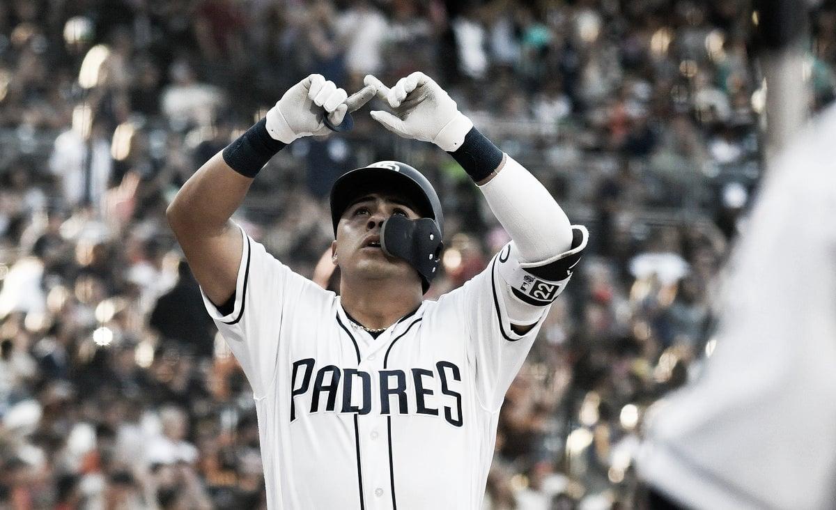 Christian Villanueva dejará las liga mayores para ir al beisbol de Japón