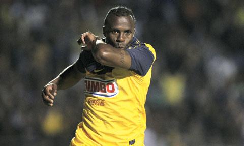 Peláez confirma negociación de equipo europeo por Chucho Benítez (VÍDEO)