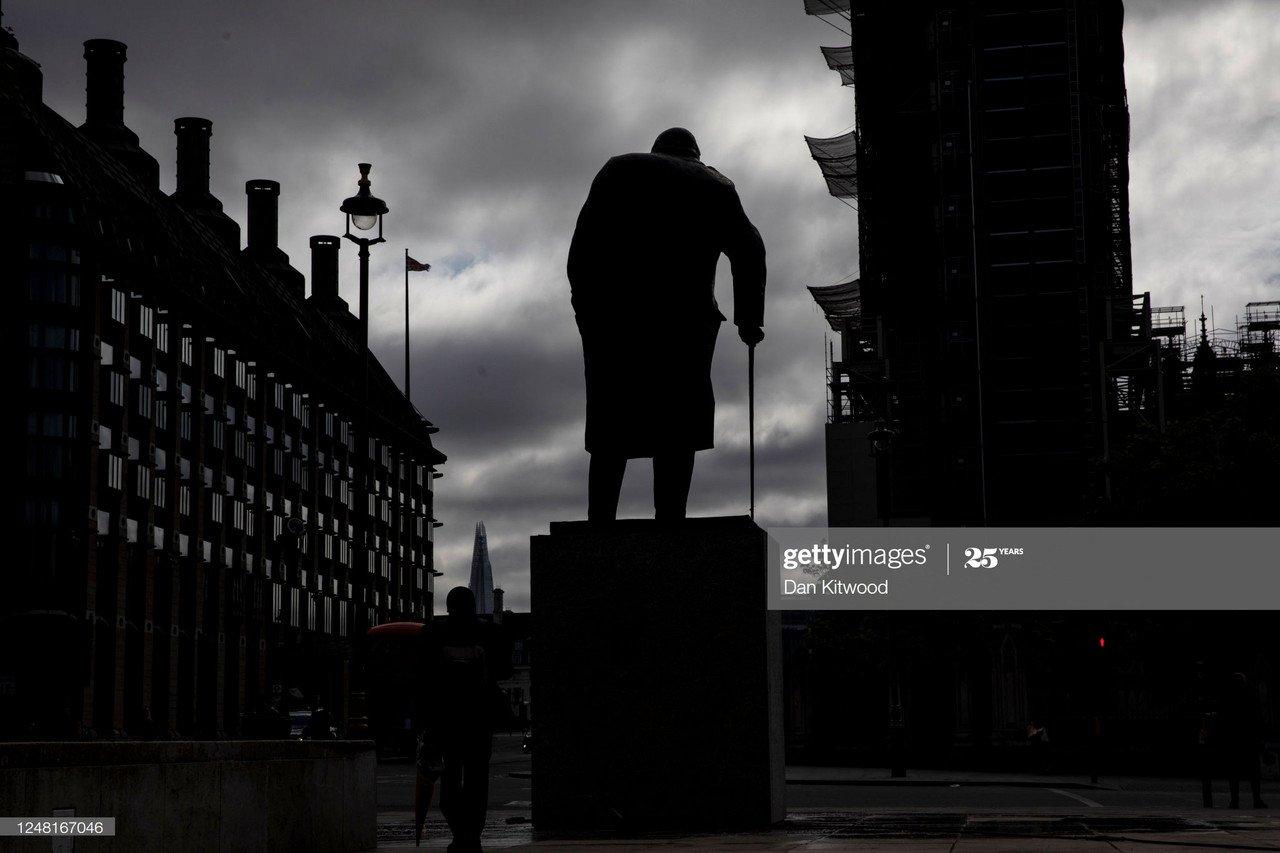 Winston Churchill statue should stand