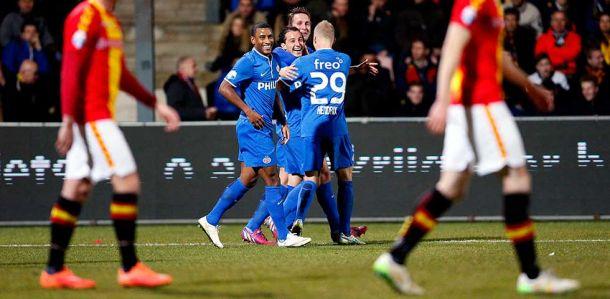 El PSV sigue su camino hacia el título