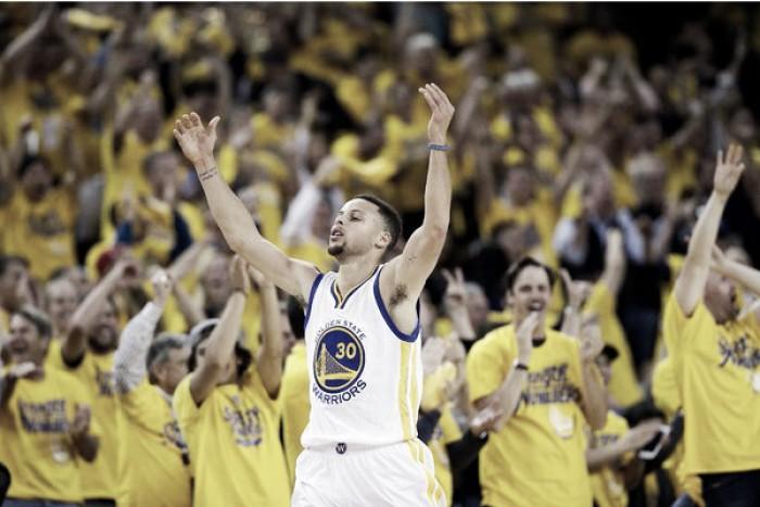 Stephen Curry e Klay Thompson brilham, Warriors vencem Blazers e garantem vaga na final do oeste