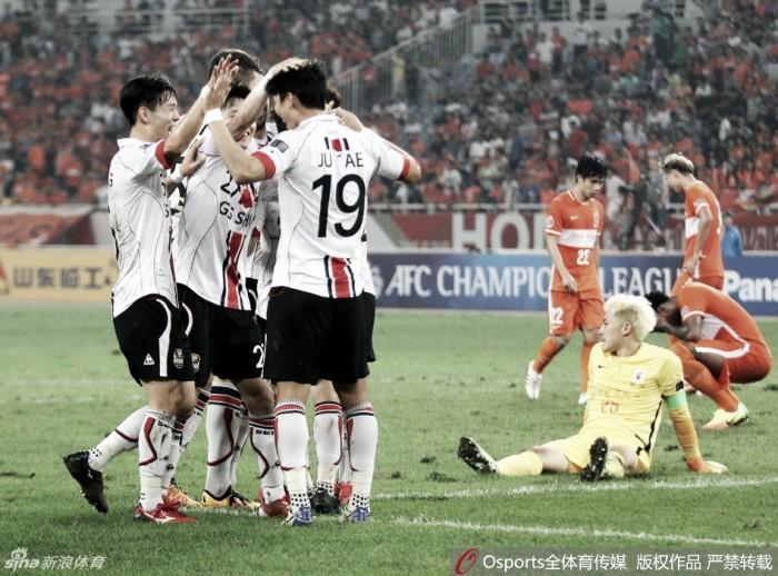 Chineses perdem e são eliminados da Champions Asiática; semifinal terá clássico sul-coreano