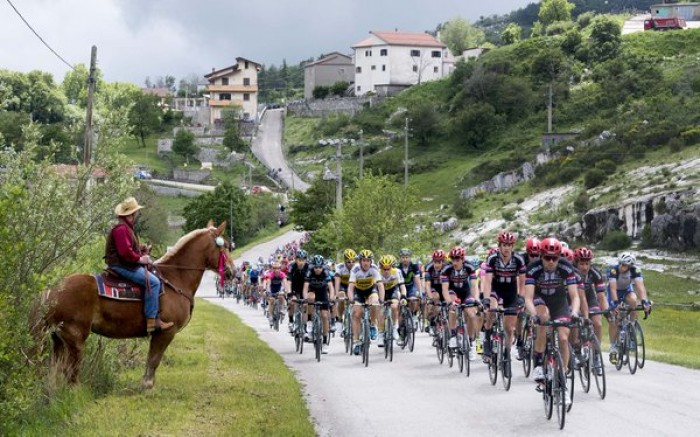 Giro d'Italia, 7° tappa: a Foligno arrivo per velocisti
