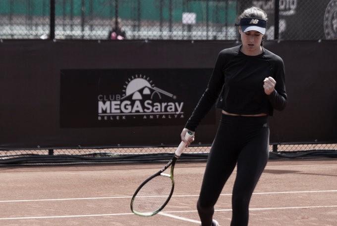 Keys perde de virada para Cirstea na primeira rodada em Madrid
