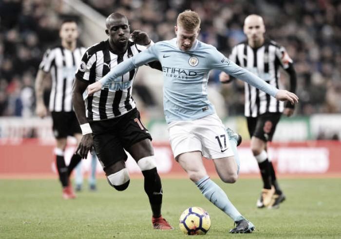 Com Gabriel Jesus na plateia, Aguero faz três e City bate Newcastle