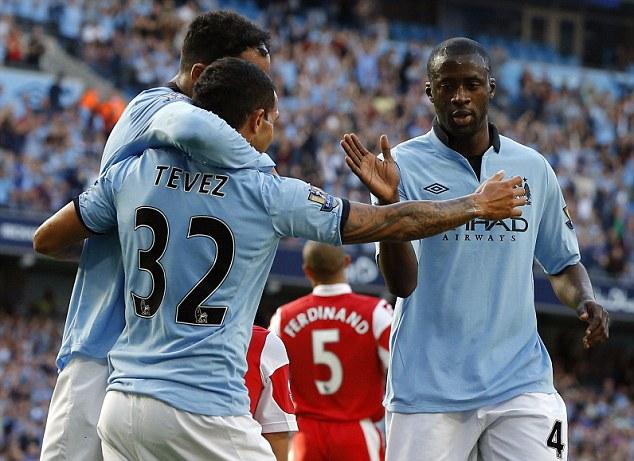 El Manchester City supera al QPR con un contundente 3-1