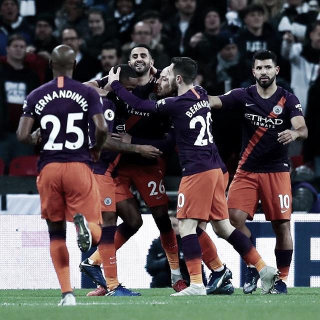 Com gol de Mahrez, Manchester City vence Tottenham fora de casa