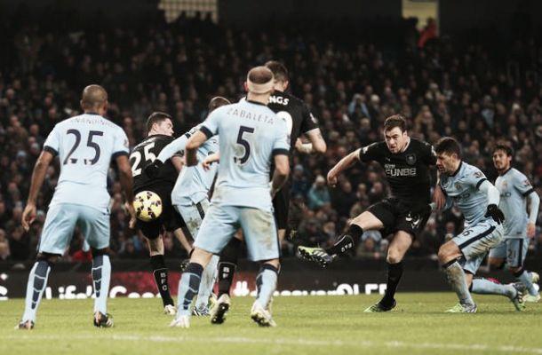 Il Burnley ferma il City, vincono Stoke City e Leicester. Pareggi per Aston Villa, Sunderland, QPR e Crystal Palace
