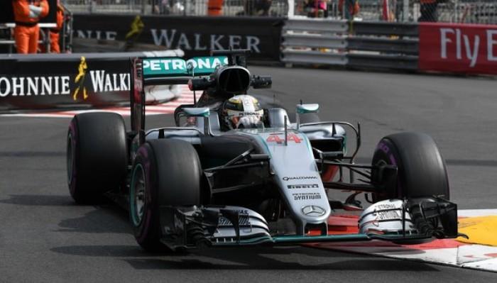 Prácticas Libres: Hamilton ganó la primera y Ricciardo la segunda