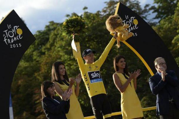 """Tour de France 2015, le parole dei protagonisti sui Campi Elisi: Froome: """"Questa vittoria è qualcosa di enorme per me""""."""