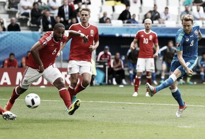 Bale marca golaço, Robson-Kanu decide e Gales bate Eslováquia