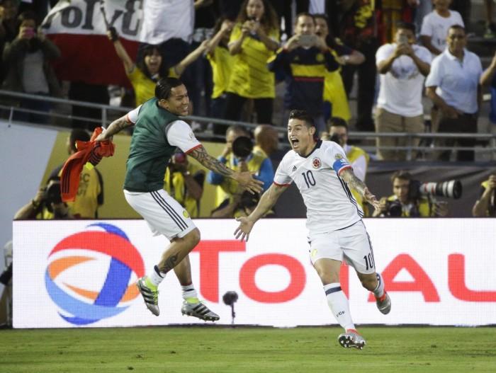 Copa America Centenario - La Colombia vola ai quarti col brivido: battuto 2-1 il Paraguay