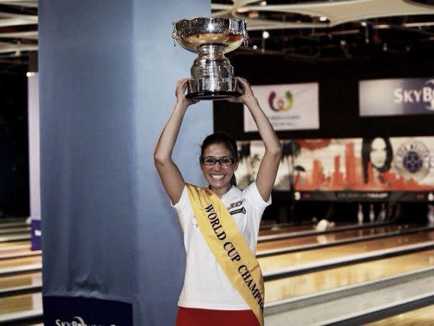 Clara Guerrero ganó la Copa Mundo de Bowling