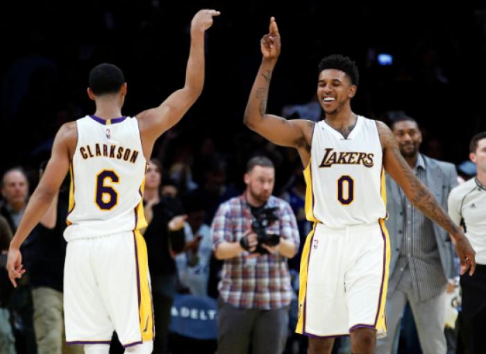 NBA - Tris Lakers, Booker non basta: Suns al tappeto allo Staples (119-108)