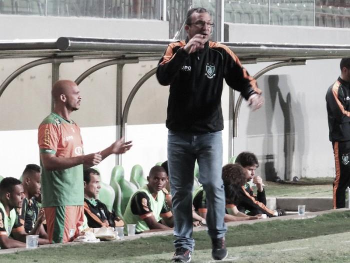 """Cláudio Prates cita """"ansiedade"""" em derrota do América-MG e quer reação imediata no Brasileirão"""