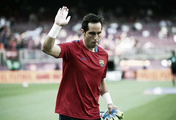 "Barcelona confirm ""beginning of agreement"" with Manchester City for Claudio Bravo"