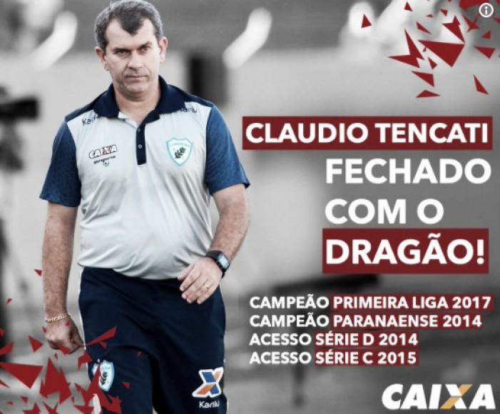Cláudio Tencati é o novo técnico do Atlético-GO