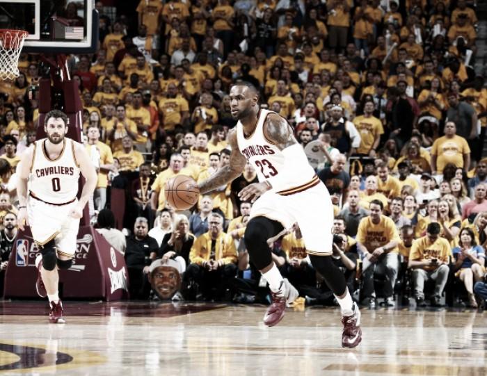 Nba playoffs, Cleveland demolisce i Raptors in gara 5 (116-78)