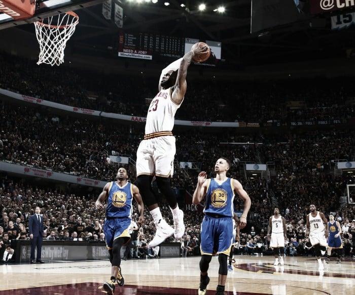 Cleveland Cavaliers vencem Golden State Warriors e o título da NBA será decidido no jogo 7