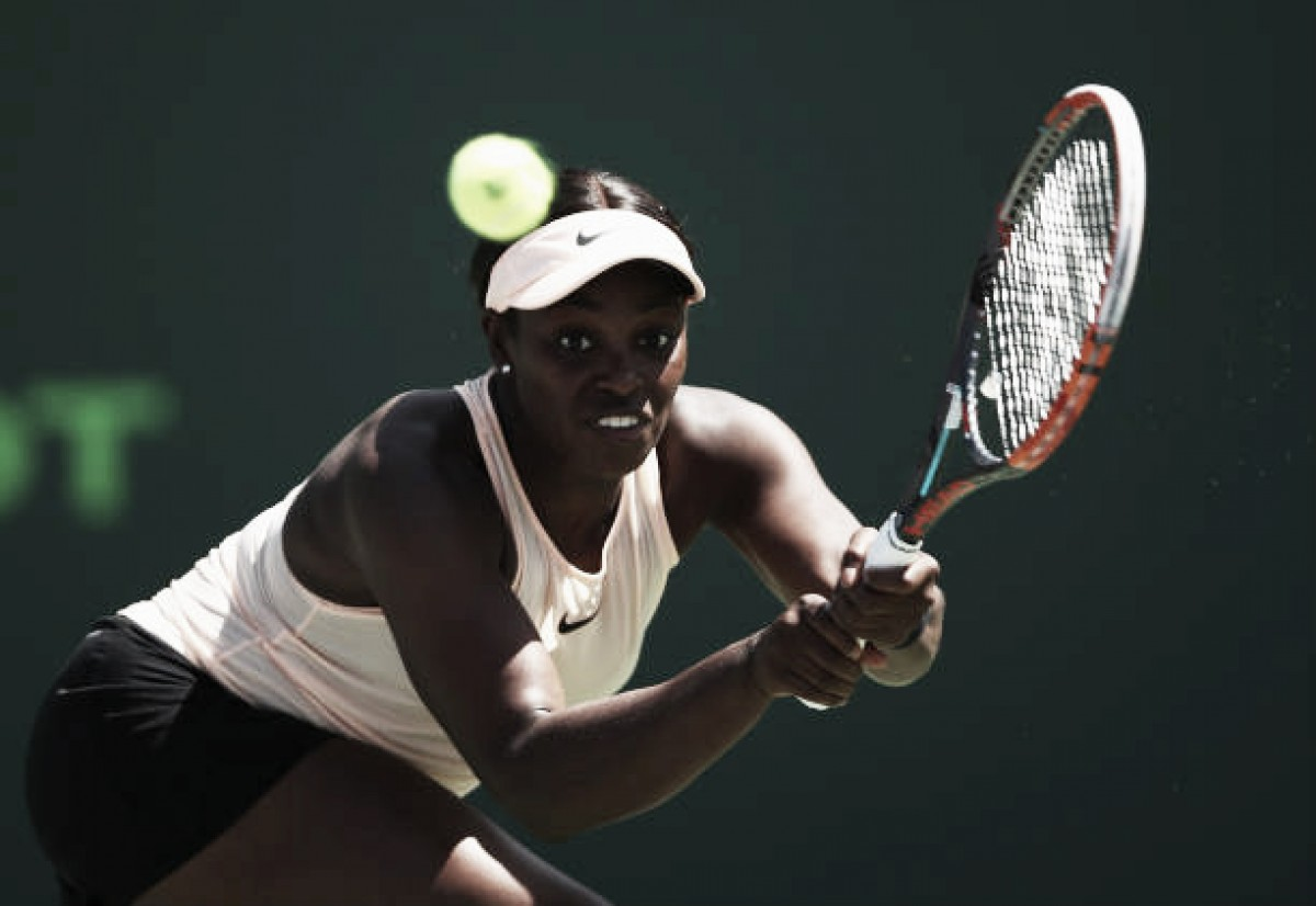 WTA Miami: Sloane Stephens rallies to beat Victoria Azarenka, reaches Miami final