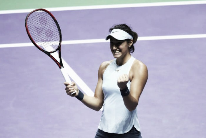 Garcia advances to semis after Halep loses — WTA Finals