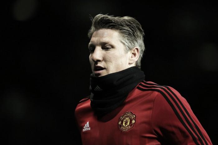 Barrado por Mourinho, Schweinsteiger pode deixar o Manchester United