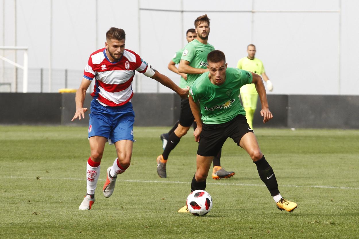 Sevilla Atlético - Recreativo Granada: continuar líder tras otro derbi andaluz